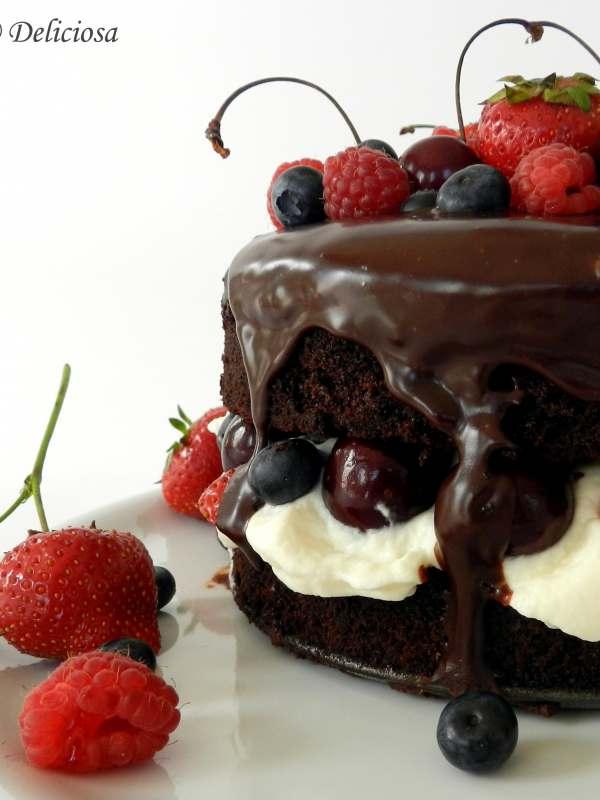 Gyümölcsös belga csokitorta