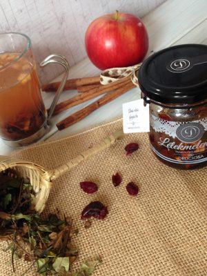 almás vörösáfonyás tea