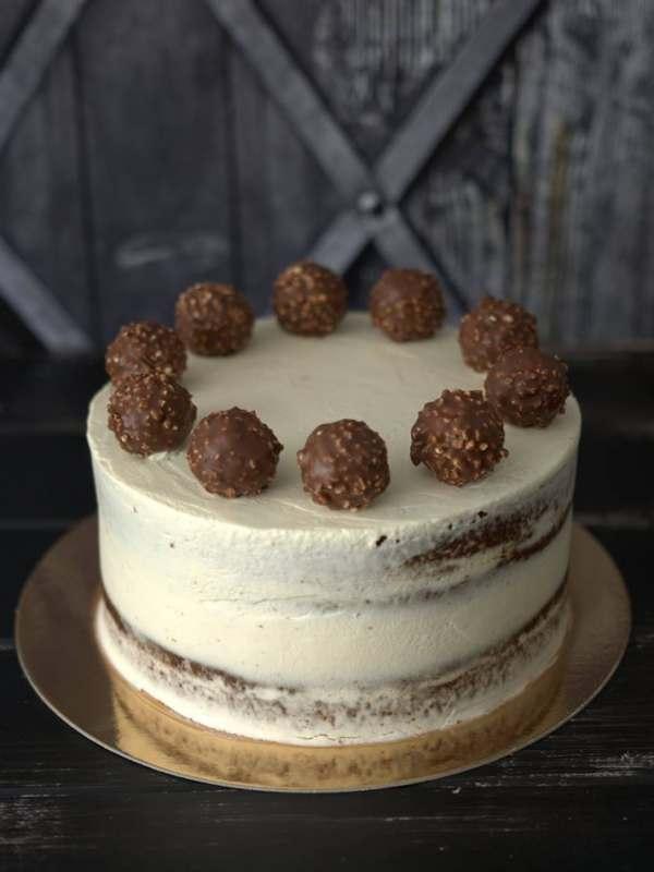Fehércsokis ferrero roche torta