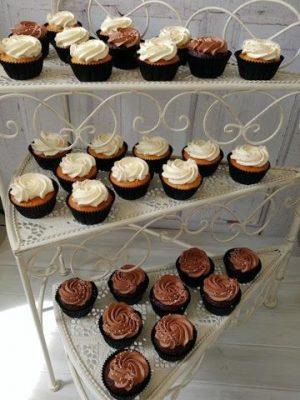 cupcake tartó tortatartó állvány